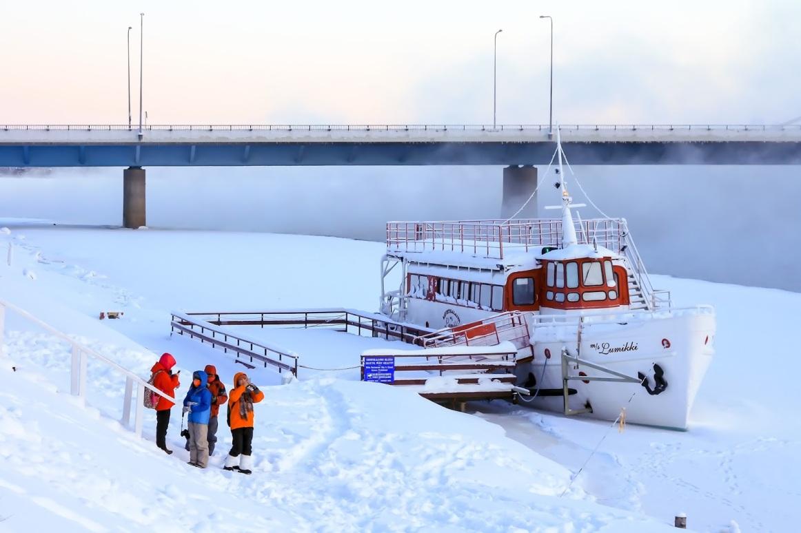 ak zambaklar ülkesinde finlandiya ile ilgili görsel sonucu